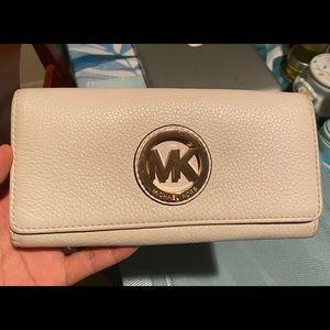 MK Fulton flap wallet